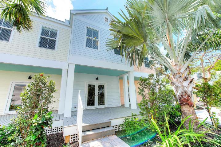 1023 Simonton Street – Southernmost Cabana Resort