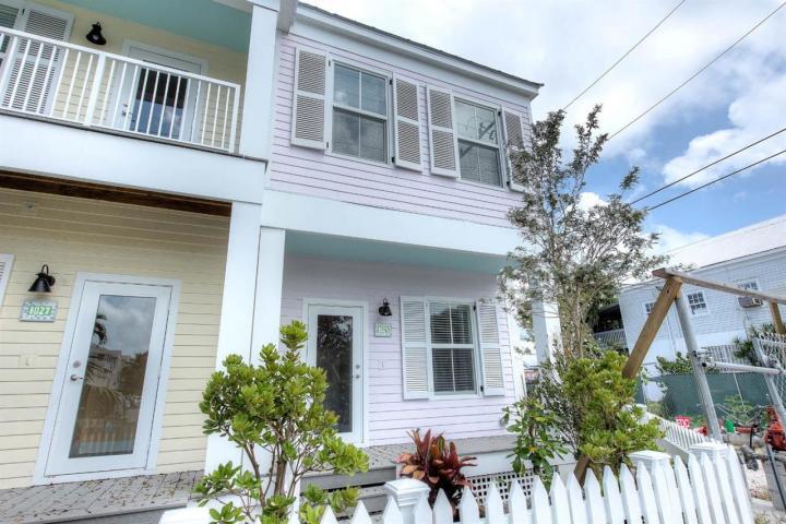 1029 Simonton Street – Southernmost Cabana Resort