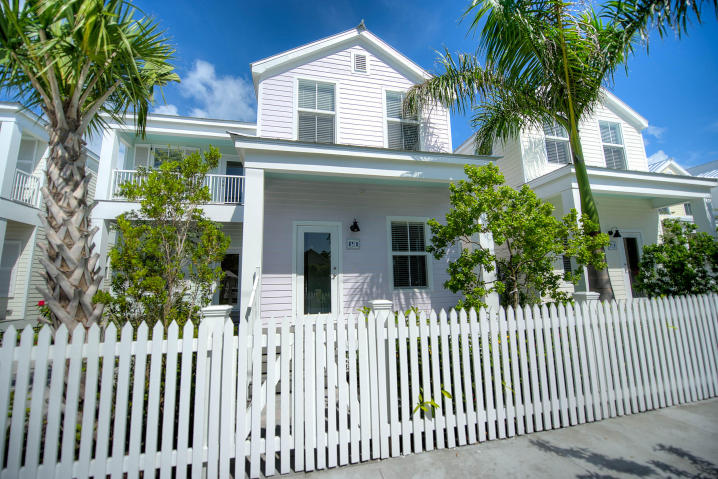 611 Virginia Street – Southernmost Cabana Resort