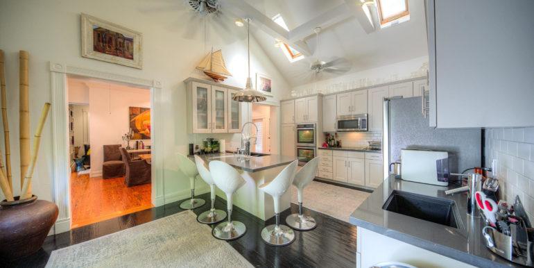 villa-mill-alley-kitchen