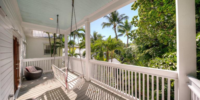 villa-mill-key-west-upper-porch