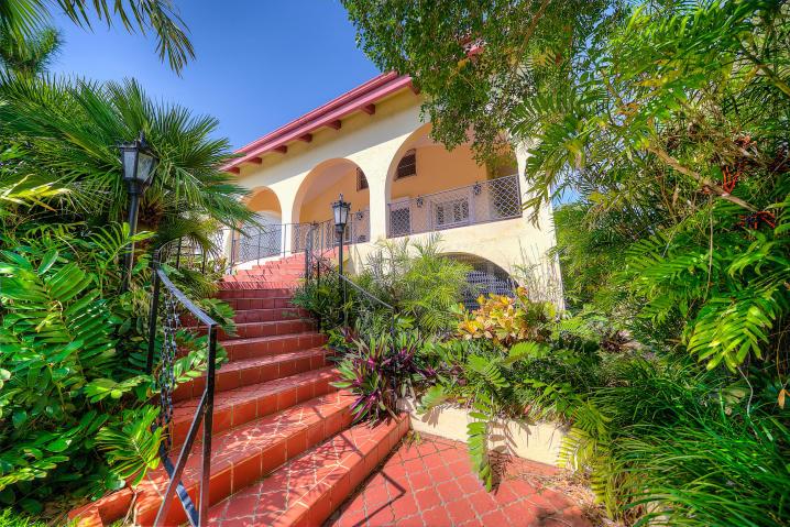 1007 Casa Marina Ct