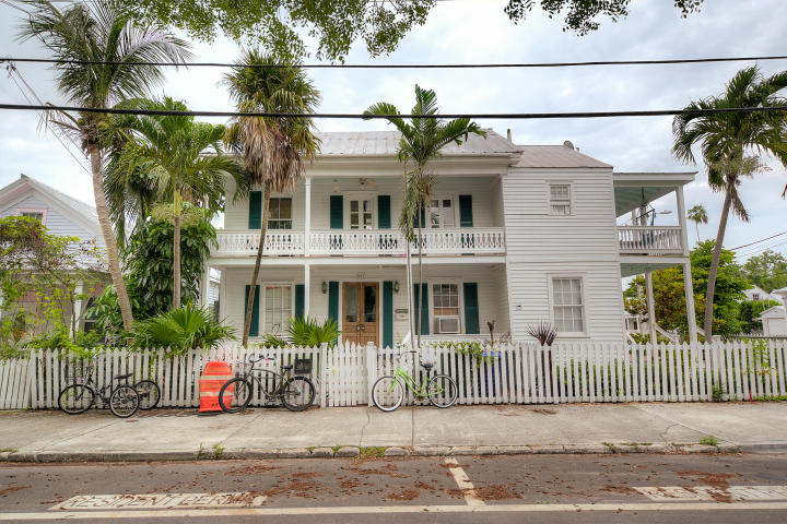 802 Southard Street
